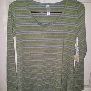 BRAND NEW with tags LuLaRoe XXS Lynnae shirt